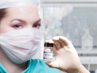 Geimpfte infiziert – Coronavirus Ausbruch im Pflegeheim trotz 2. Impfung